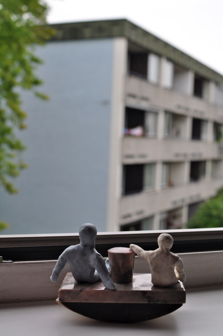 Be Creative #204 - Anouk and Finn enjoy my teenage view, © Ines Häufler, 2011