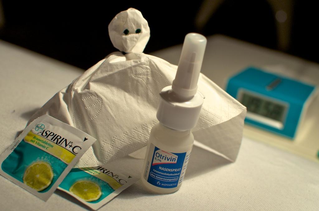Be Creative #312 - Handkerchief ghost, © Ines Häufler, 2011