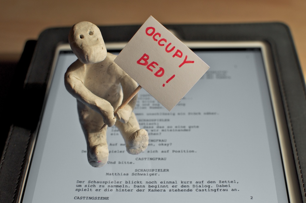 Be Creative #347 - Occupy bed!, © Ines Häufler, 2011