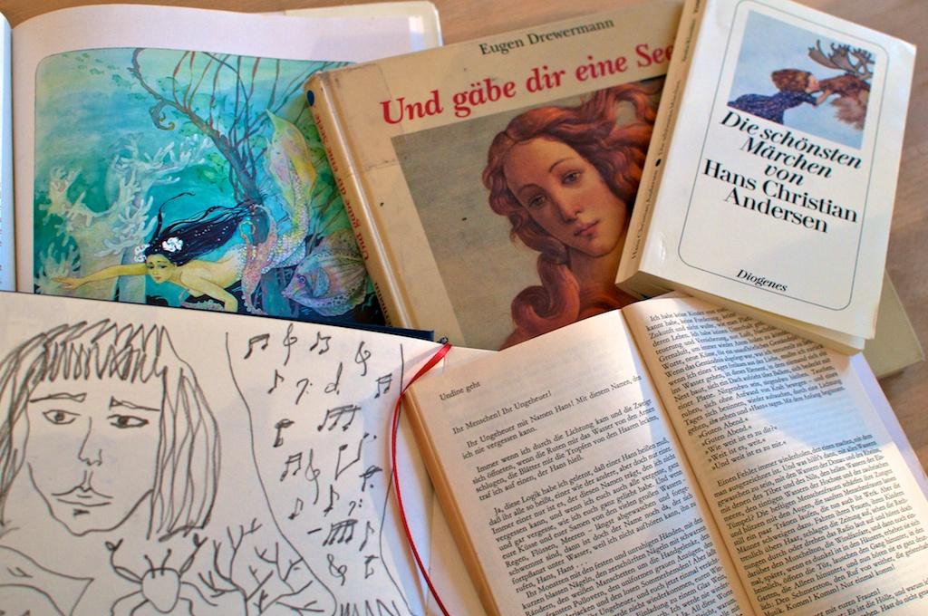 Be Creative Week #1: Mermaid research, © Ines Häufler, 2012