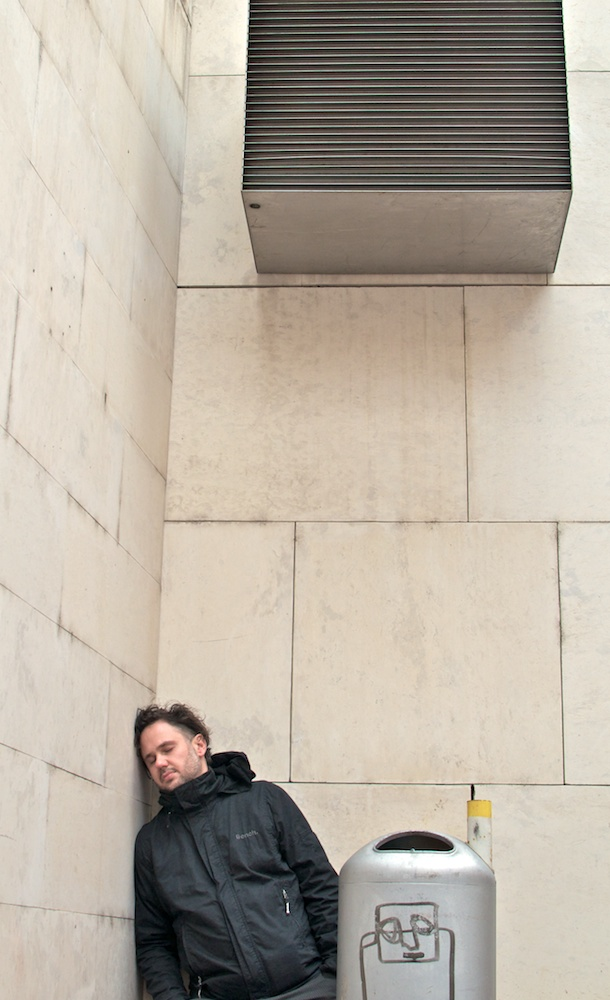 "Be Creative Week #15: ""Urban Napping"" - with Markus Zett; ©Ines Häufler, 2012"