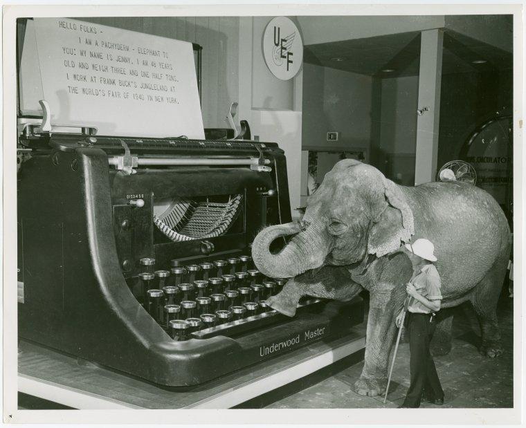 Giant Underwood Typewriter
