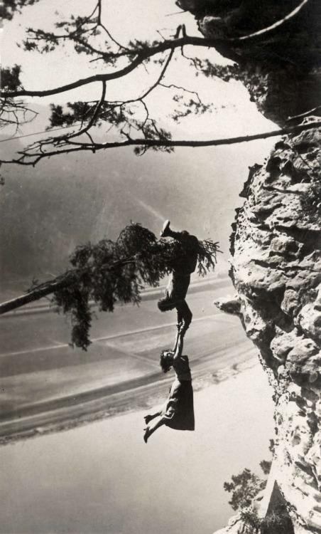 Stuntman Luciano Albertini, 1923